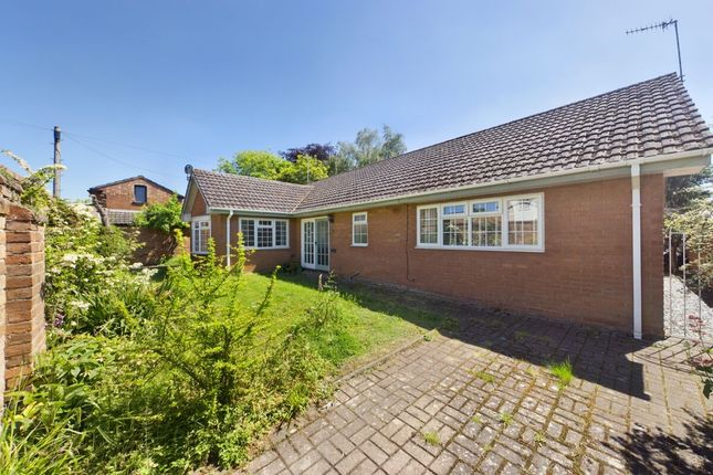 Thumbnail Bungalow for sale in Eastfield Road, Leamington Spa