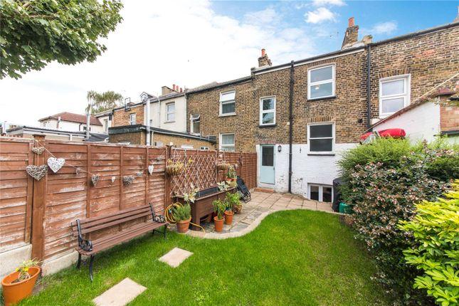 Picture No. 11 of Wellington Street, Gravesend, Kent DA12