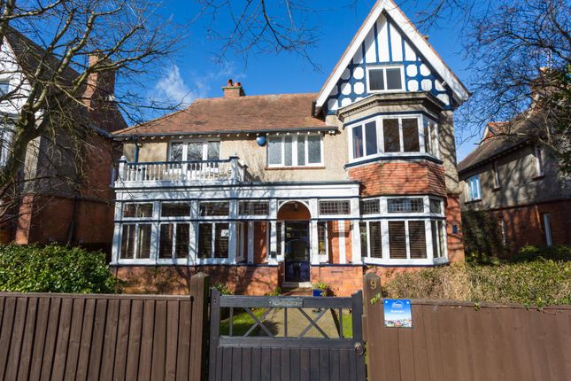 Thumbnail Detached house for sale in Period Home, Double Garage, Bincleaves Rd