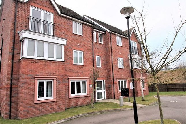 Thumbnail Flat to rent in Rosefinch Road, West Timperley, Altrincham