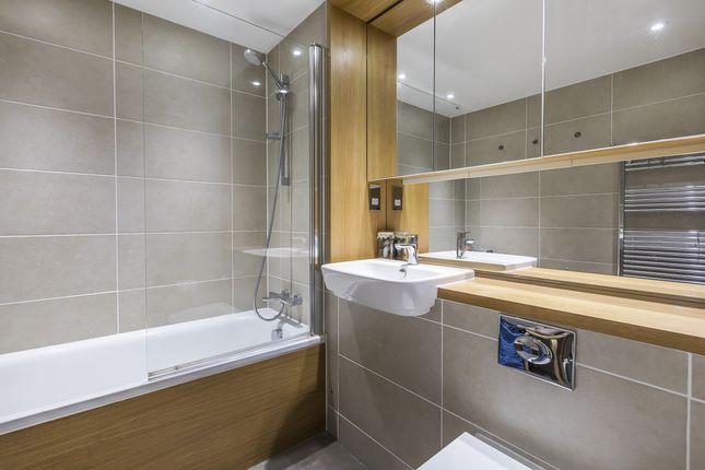 Bathroom of Rathbone Market, Barking Road, London E16