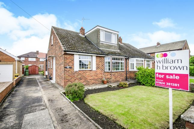 3 bed semi-detached bungalow for sale in Deneside, Ossett