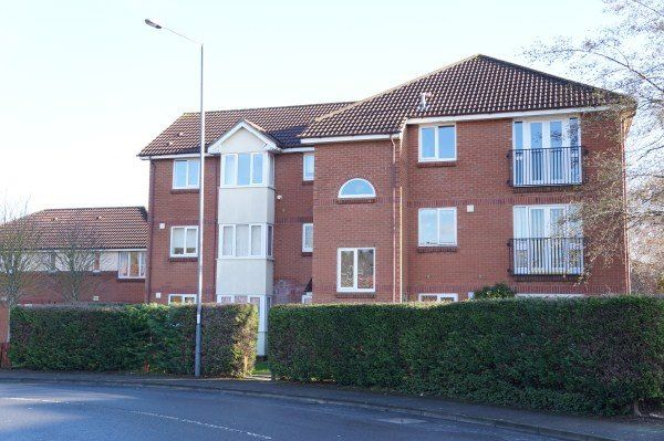 Thumbnail Flat to rent in Whiteway Close, St Annes Park, Bristol