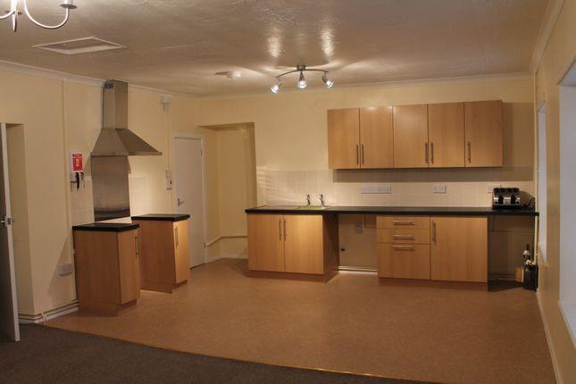 Thumbnail Flat to rent in Wind Street, Ammanford