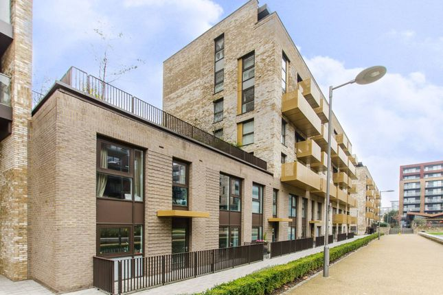 Thumbnail Flat for sale in Pell Street, Deptford