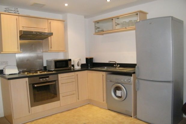 Thumbnail Flat to rent in Exeter Street, Plymouth