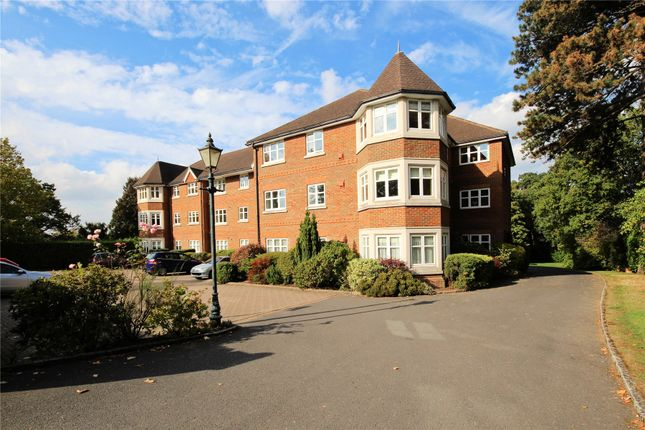 Thumbnail Flat for sale in St. Johns Hill Road, Woking, Surrey