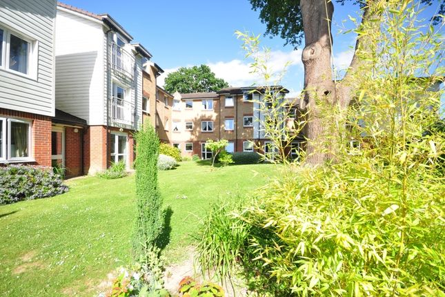 Thumbnail Flat to rent in Millfield Court, Crawley