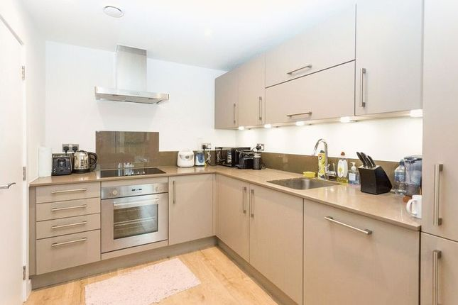 Thumbnail Flat for sale in Verney Road, London