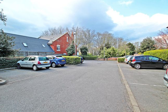 Car Park of The Chaddesden, Mapperley Road, Nottingham NG3