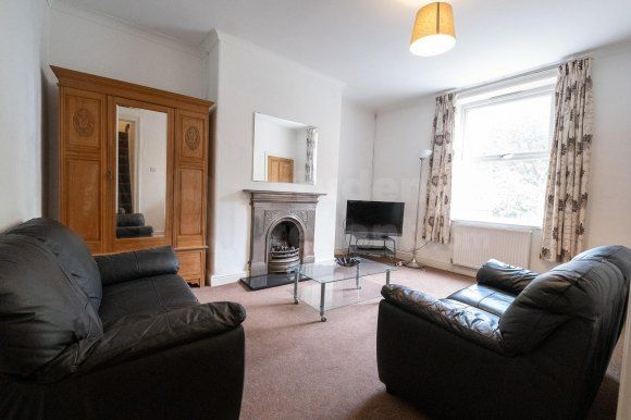36 Living Room of Clement Street, Huddersfield, West Yorkshire HD1