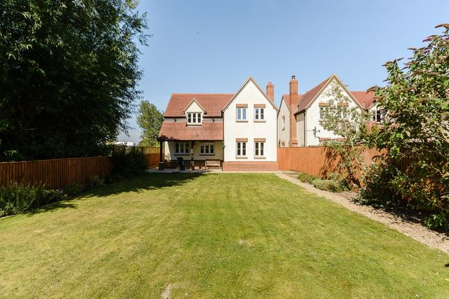 4 bed detached house for sale in Hanney Road, Steventon, Abingdon