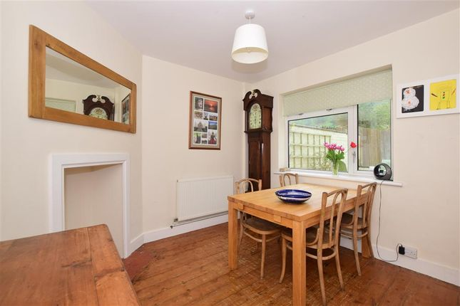 3 bed terraced house for sale in Coombe Road, Steyning, West Sussex
