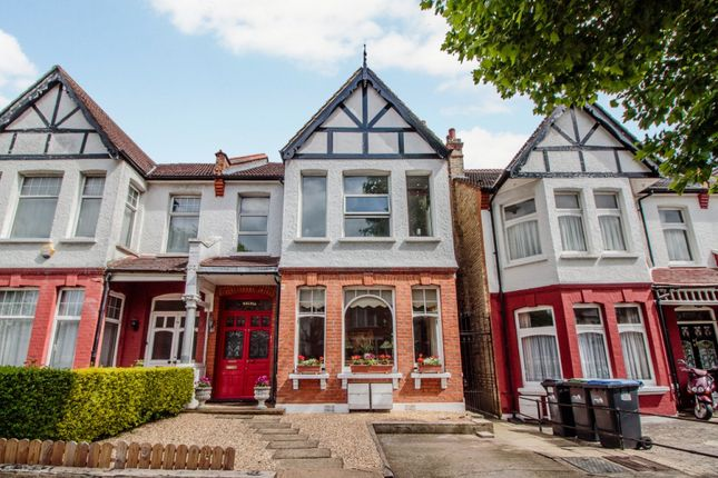 Thumbnail Flat for sale in Grovelands Road, London, London