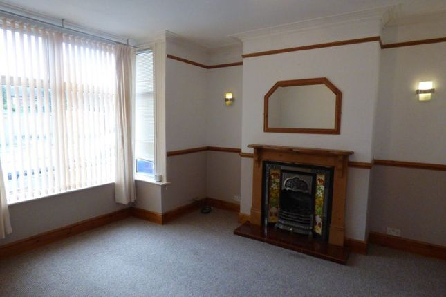 Thumbnail Property to rent in Eton Road, Burton-On-Trent