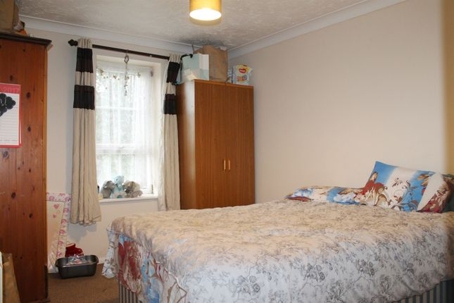Thumbnail Flat for sale in Telford Close, King's Lynn