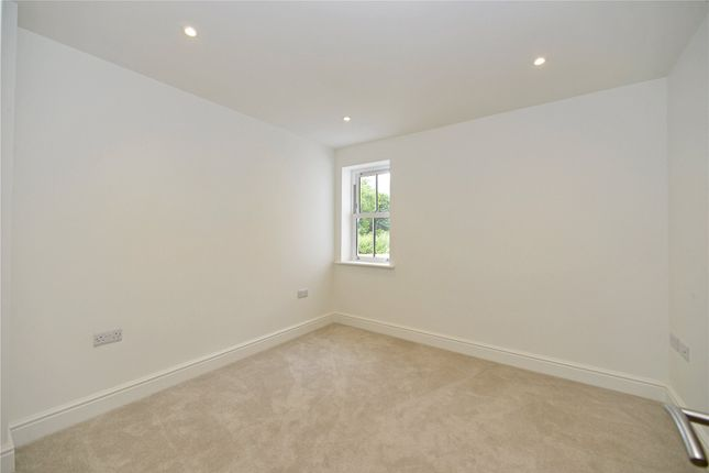Picture No. 17 of Mill Lane, Witley, Surrey GU8