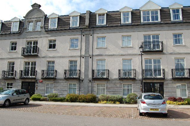 Thumbnail Flat to rent in Balmoral Square, Great Western Road, Aberdeen
