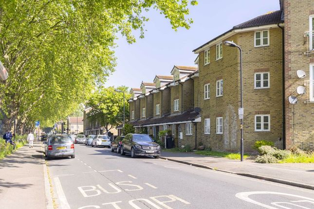 Thumbnail Terraced house for sale in Lee Conservancy Road, London