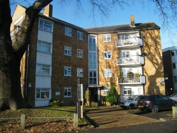 Thumbnail Flat for sale in New Wanstead, Wanstead, London