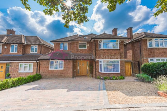 Thumbnail Detached house for sale in Hartland Drive, Edgware