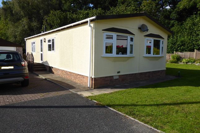 Thumbnail Mobile/park home for sale in The Glade, Caerwon Park, Builth, Wells, Powys