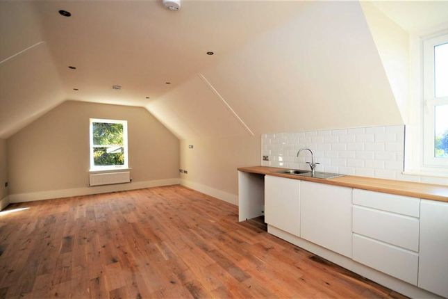Thumbnail Flat for sale in Apartment 14, Hazelmere House, Grimsby