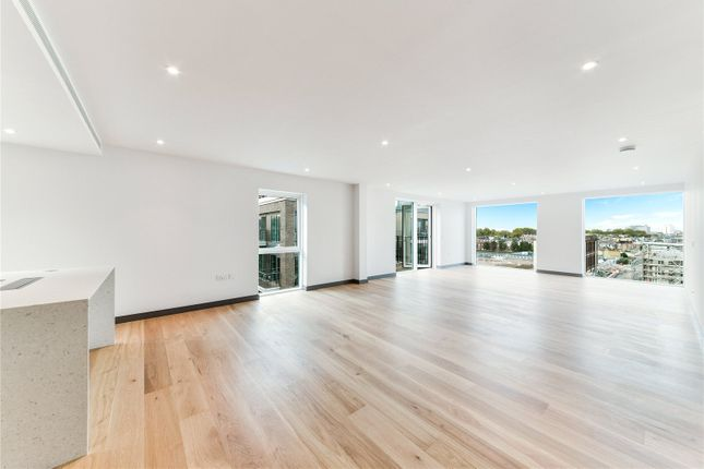 Thumbnail Flat to rent in Fairwater House, Chelsea Creek, 13 Park Street, London
