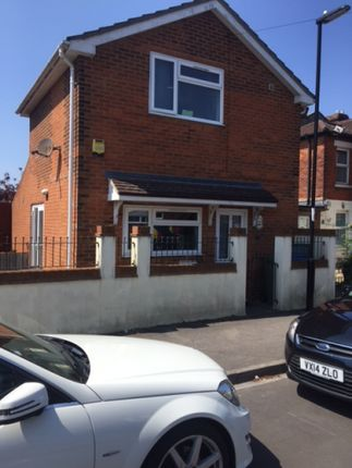 2 bed detached house to rent in Imperial Avenue, Southampton