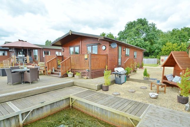 Thumbnail Mobile/park home for sale in Whelford Road, Fairford, Gloucestershire.