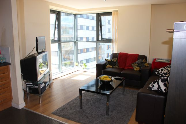 Thumbnail Flat to rent in Lincoln Gate, Red Bank, Manchester, Greater Manchester