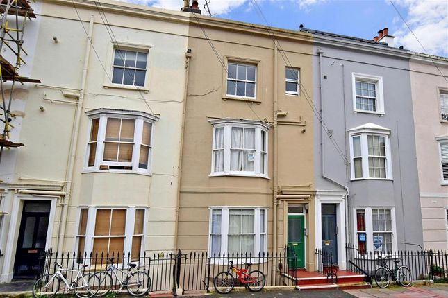 2 bed maisonette for sale in Clarendon Place, Brighton, East Sussex