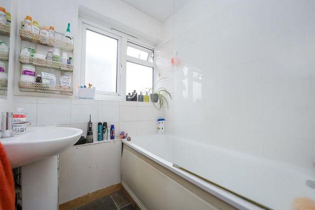Bathroom of Brierly Gardens, London E2