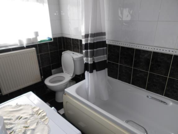 Bathroom of Southwold Drive, Beechdale, Nottingham, Nottinghamshire NG8