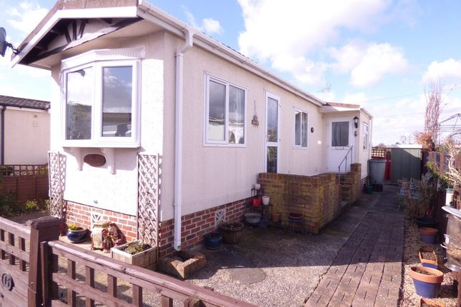 2 Bed Mobile Park Home For Sale In Longacre Maypole Lane Yapton