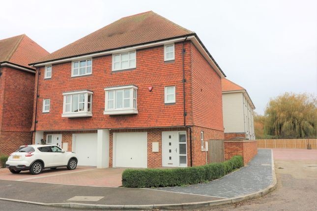 Thumbnail Town house for sale in Willowbank, Sandwich