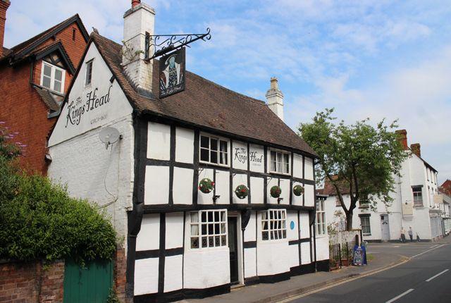 Thumbnail Pub/bar for sale in Cross Street, Tenbury Wells