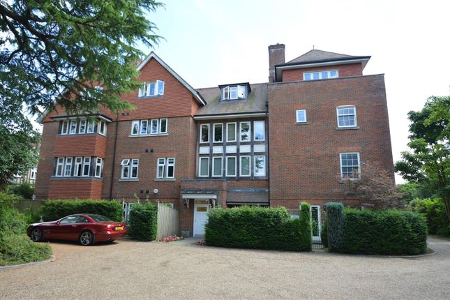 Thumbnail Flat for sale in Kingswood Road, Tunbridge Wells