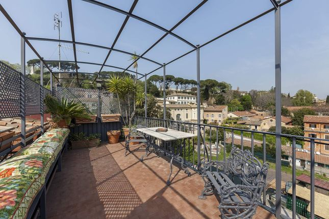 2 bed apartment for sale in Rome Rm, Italy