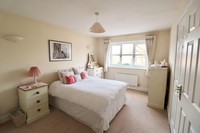Master Bedroom of Darlow Drive, Stratford-Upon-Avon CV37