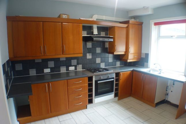 Thumbnail Terraced house to rent in Regent Street, Newton Heath