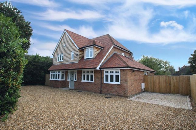 Thumbnail Detached house for sale in Clappsgate Road, Pamber Heath