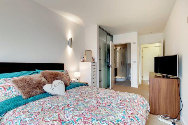 1_Master Bedroom-0
