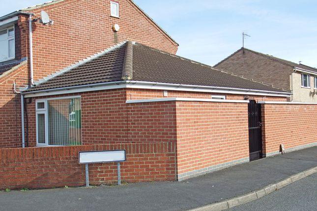 Thumbnail Semi-detached bungalow to rent in Braddon Road, Loughborough