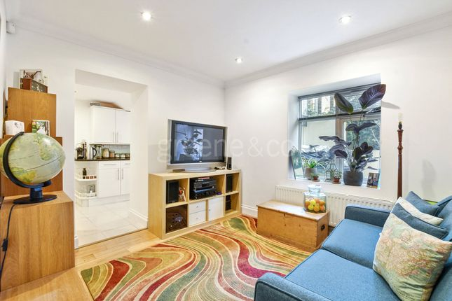 Thumbnail Flat for sale in Hornsey Rise, Crouch End Borders, London