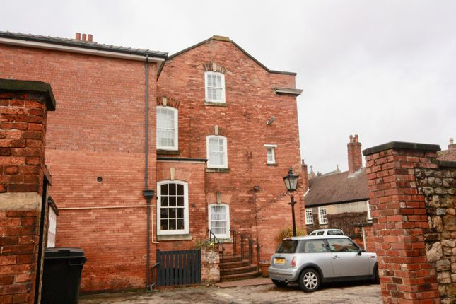Thumbnail Flat to rent in 24A Eastgate, Lincoln, Lincolnshire