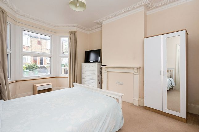 Thumbnail Room to rent in Chancelot Road, London