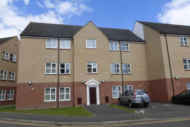Thumbnail Flat to rent in Abbeygate Court, March