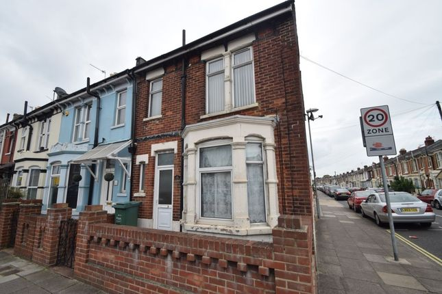 Thumbnail Flat to rent in Milton Road, Southsea