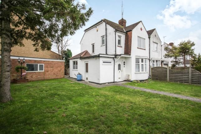 Thumbnail Property for sale in Western Way, Dunstable, Bedfordshire, England
